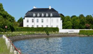 Hvidkilde Gods - foto: Knud Mortensen